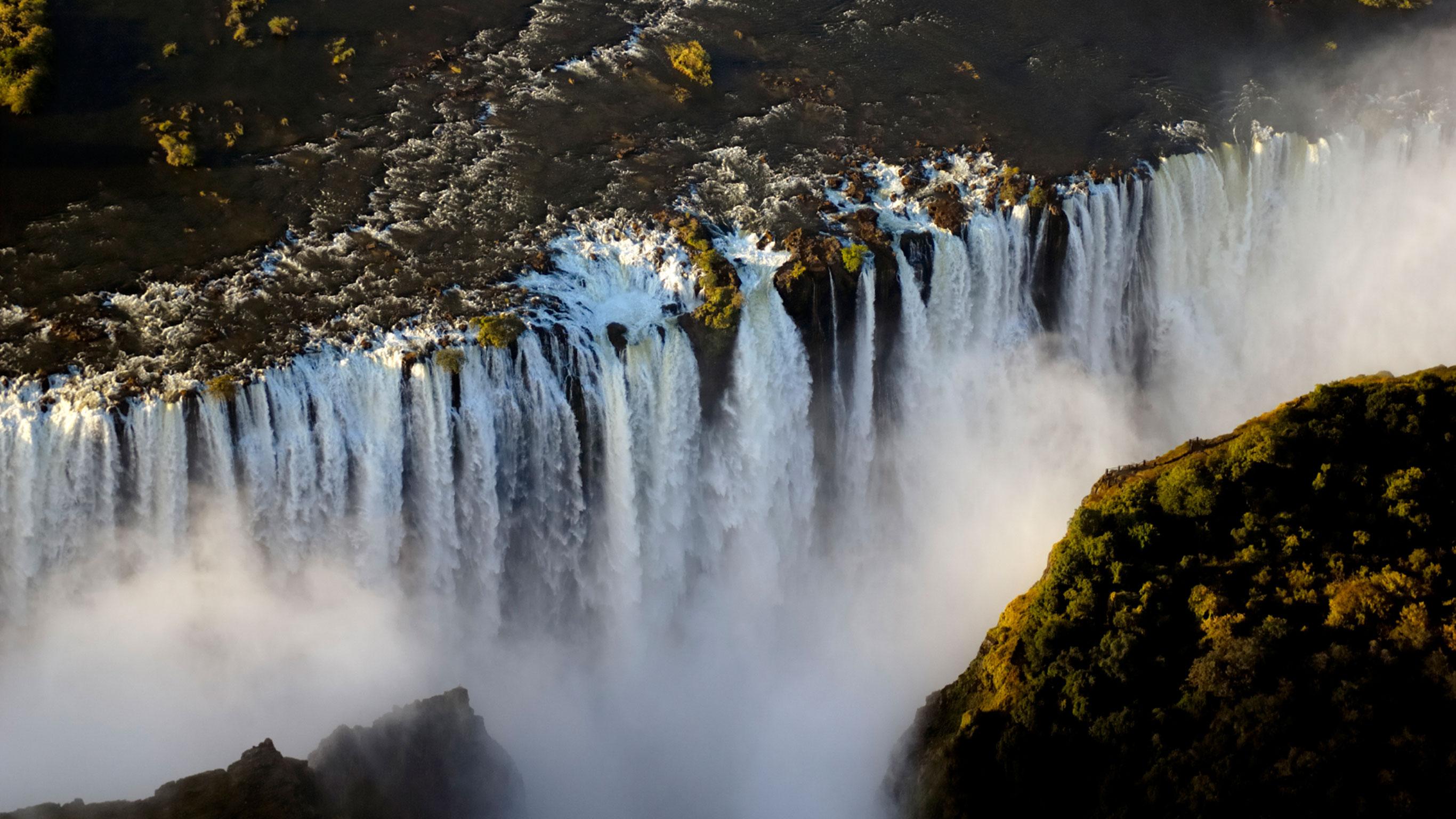 botswana-victoria-falls-adventure