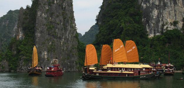Hanoi & Halong Bay Experience