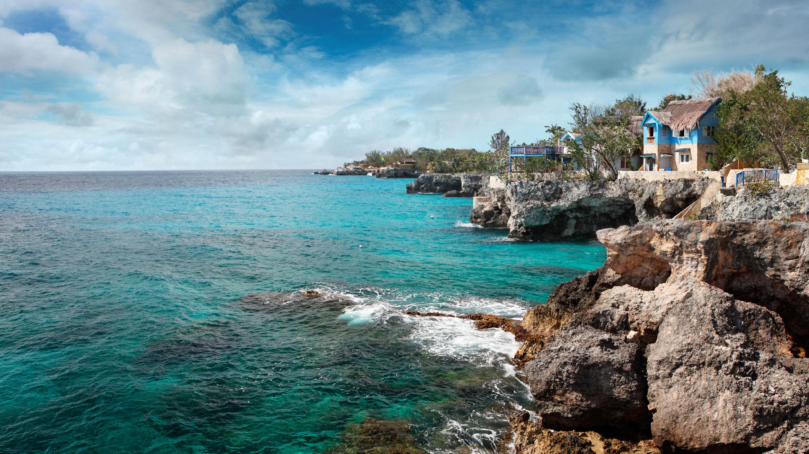 jamaica-encompassed