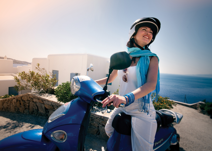 hard to not be all smiles while scootering around Santorini