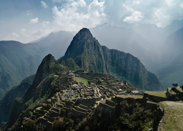 set a date to make one of the world's best known and most majestic hikes