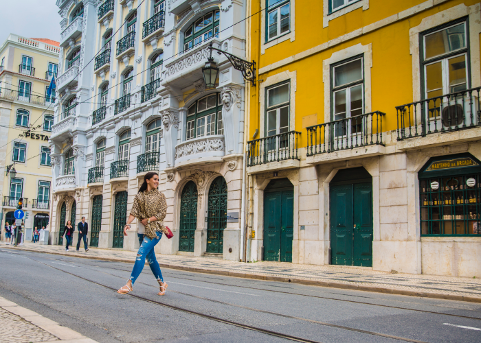 head out on the lovely streets of Lisbon to meet new friends