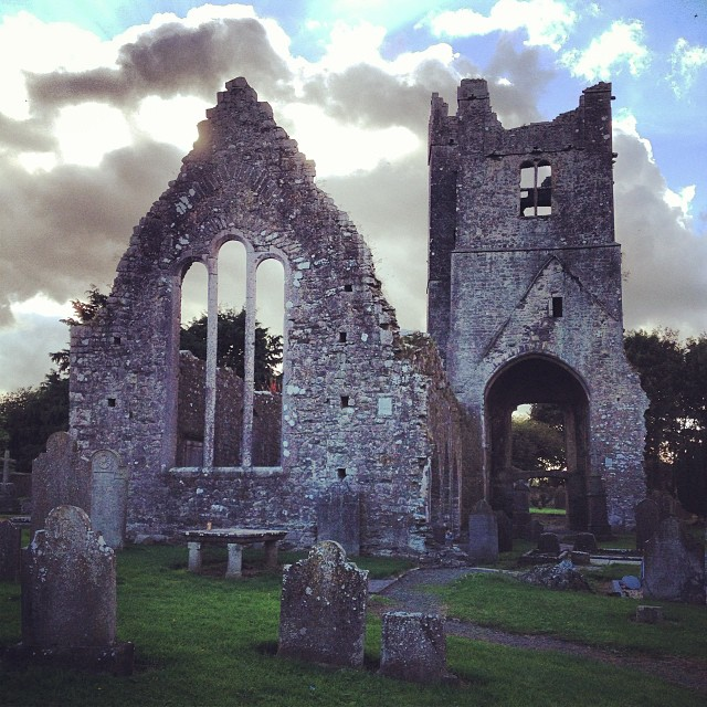 St. Mary's of Duleek, a medieval abbey and cemetery near Newgrange (Brú na Bóinne)