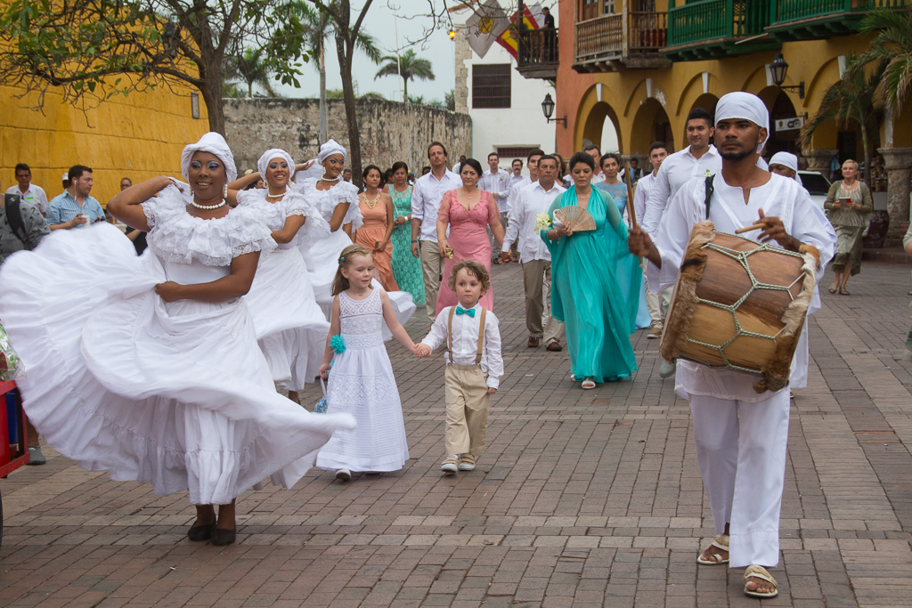 Stumbling upon a wedding in Cartagena's Old Town.