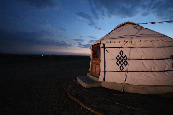 Dusk at the ger camp. Photo by T. Chan.
