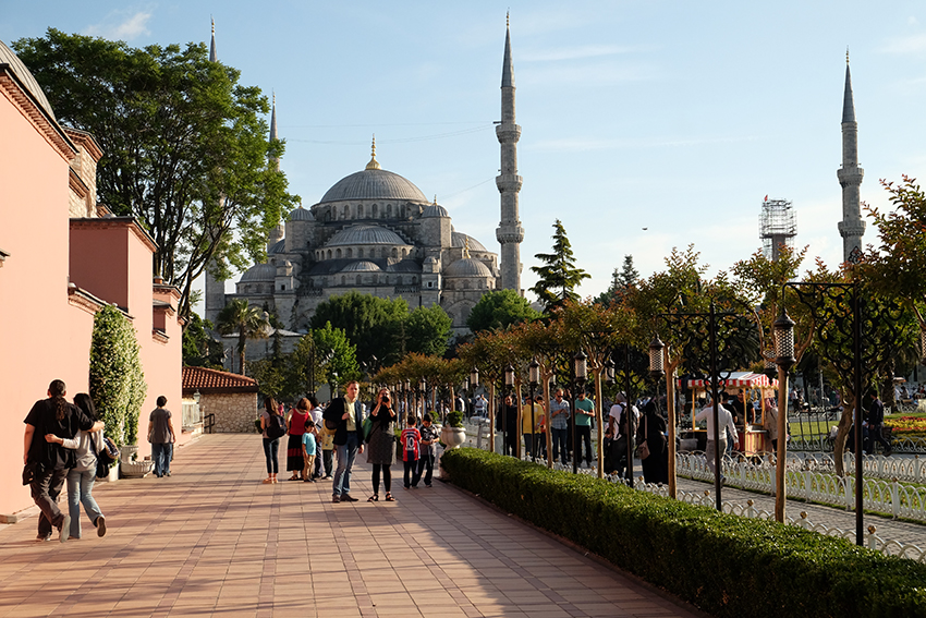 The streets around the Blue Mosque in modern day Istanbul. Photo courtesy Genevieve Hathaway.