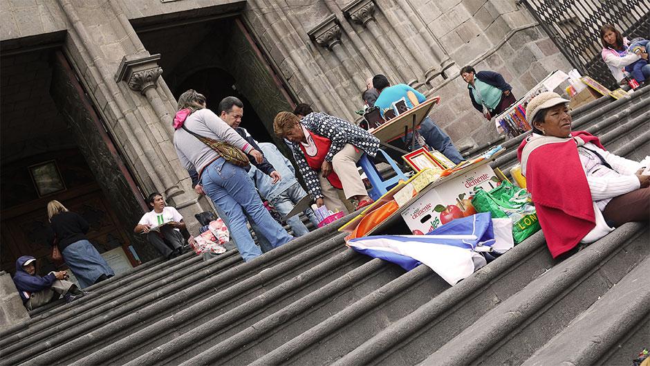 On the steps of the Basílica del Voto Nacional in the Historic Centre.