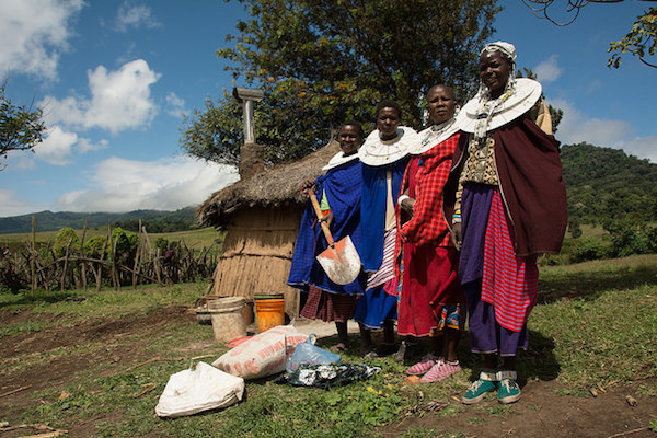The Maasia Clean Cookstoves project at work in Tanzania. Photo by Daniel Nol