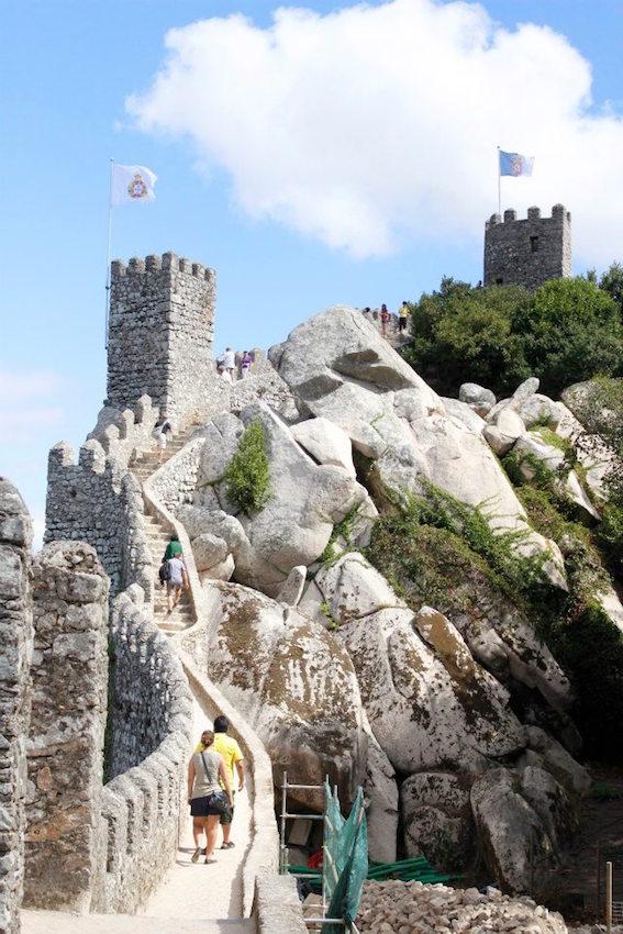 The 9th century Castelo dos Mouros.