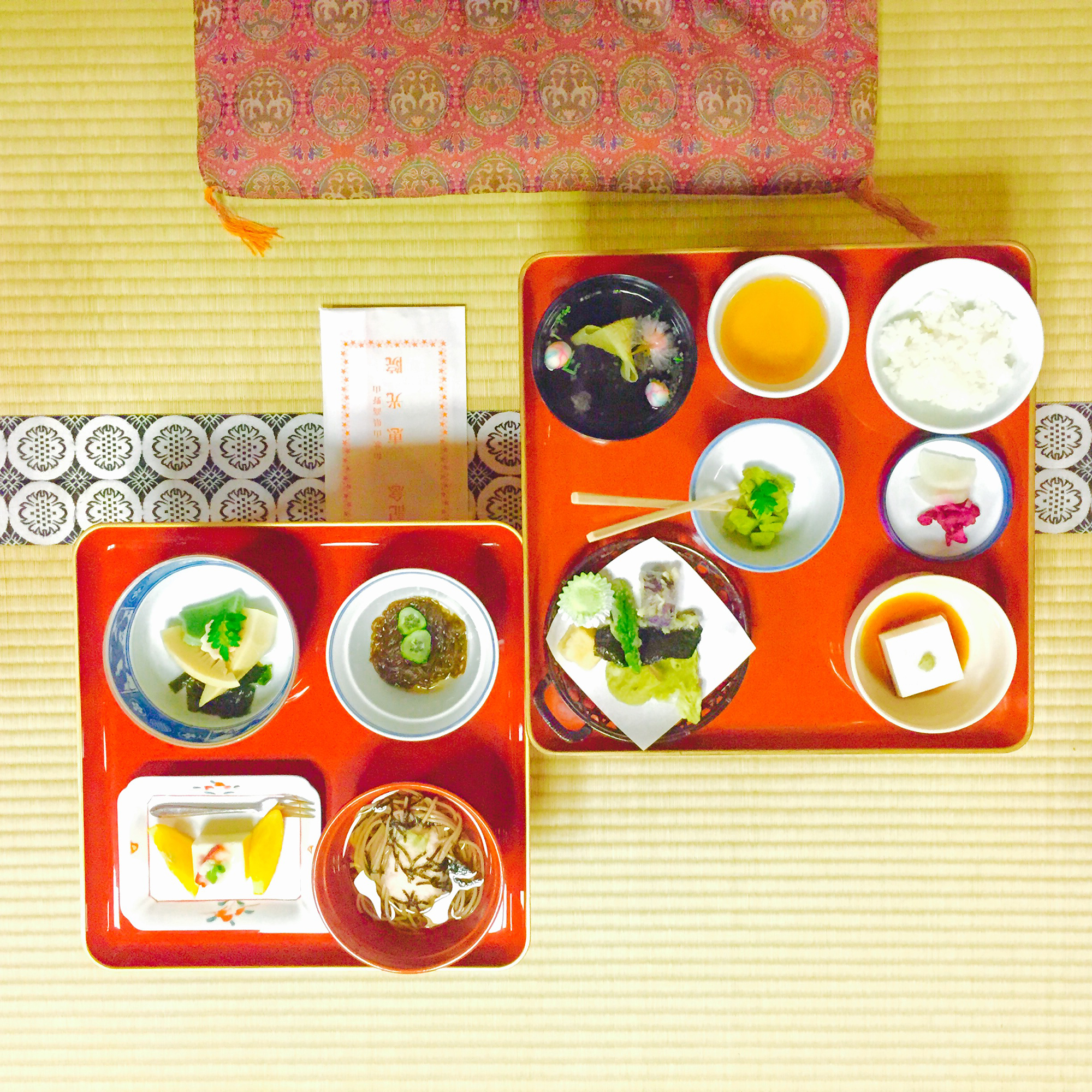 The traditional Kaiseki dinner.
