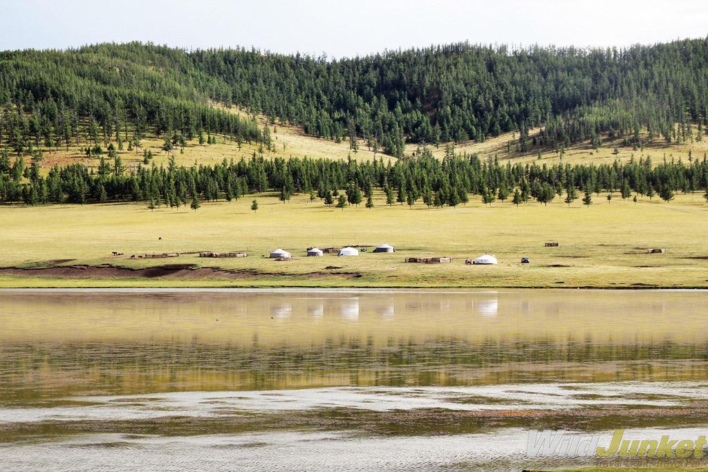 A lake near the Tsenkher hot springs.