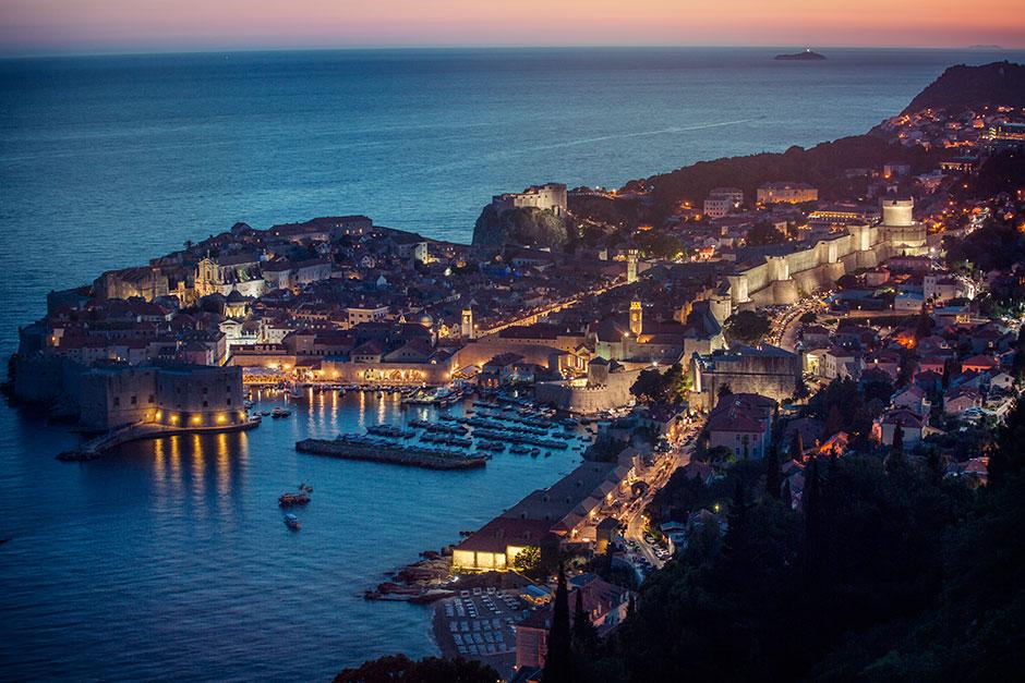 Dubrovnik cityscape at sunset.