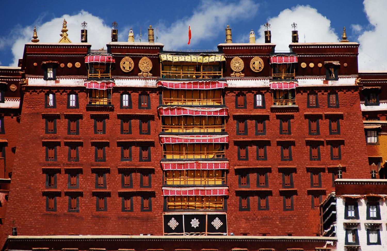 Kết quả hình ảnh cho potala palace tibet inside